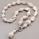 Fashion Natural Painted White Nuclear And Freshwater Pearl Pendant Charm Necklace