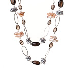 Long Stil Spesial Design Multi Color Biwa Pearl og Smoky Quartz halskjede