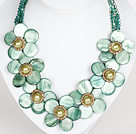 Wholesale Light Green Color Crystal and Shell Flower Party Necklace