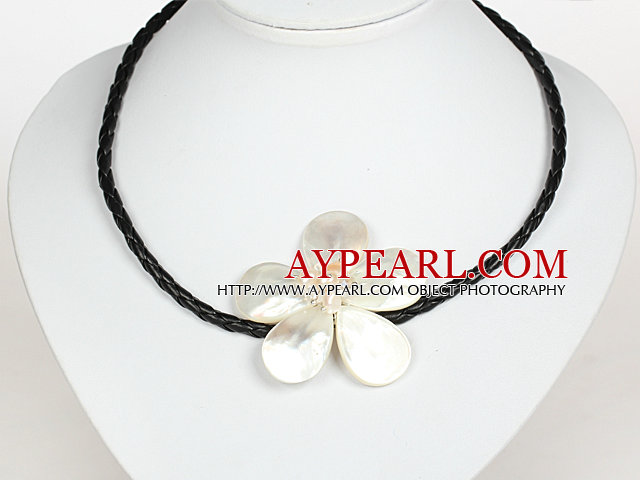 White Pearl Crystal and Sea Shell Flower Necklace with Magnetic Clasp
