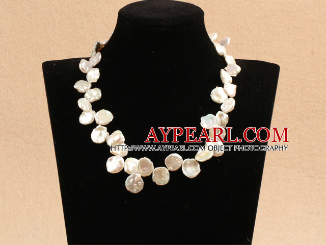 White Pearl and Korea Jade Necklace with Lobster Clasp