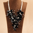 Marvelous Beautiful Natural Freshwater Pearl Black Agate Flower Statement Party Necklace