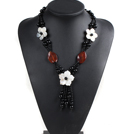 Vintage Style Red and Black Agate Shell Flower Necklace