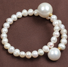 Trendy Elegant Natural White Freshwater Pearl Seashell Beads Bangle Bracelet