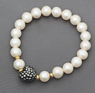 Classic Design A Grade Round White Freshwater Pearl Beaded Stretch Bracelet with Heart Shape Gray Rhinestone