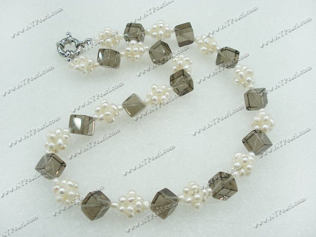 Wholesale Jewelry- wholesale pearl crystal necklace