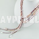 färgad pärla halsband