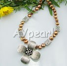 Wholesale Jewelry-dyed pearl tibet silver flower necklace