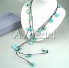 blå pärla skal halsband