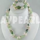 pearl crystal jade set
