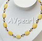 Wholesale Gemstone Jewelry-garnet crystal yellow jade necklace