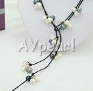 svart-vit pärla halsband