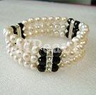 pearl svart kristall armband