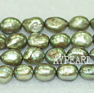 Freshwater pearl beads, dyed green, 8-9mm baroque. Sold per 15-inch strand.